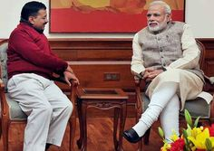 Delhi Chief Minister Arvind Kejriwal today demanded that the Central Information Commission (CIC) makes public information pertaining to Prime Minister Narendra Modi's educational qualifications. #Dirty   #politics http://www.indiatvnews.com/politics/national-kejriwal-asks-cic-to-make-public-info-on-modi-education-degree-326360