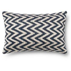 Loloi Chevron Pillow (465 ARS) ❤ liked on Polyvore featuring home, home decor, throw pillows, graphic throw pillows, zig zag throw pillows, chevron home decor and chevron throw pillows