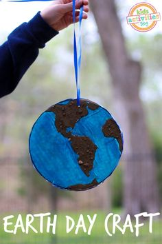 Make a planet earth...with earth.