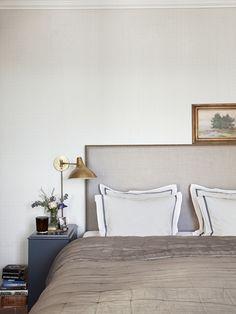 Malin Glemme är kvinnan bakom Layered. I en lägenhet i ett flerfamiljshus från 1910 fann hon sitt drömboende som bjuder in till vacker stilmix med internationella vibbar.