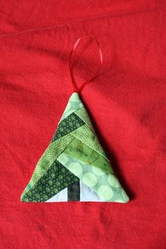 22 Fabric Christmas ornaments and 20 stockings – Recycled CraftsHow to Sew Scrappy Christmas Tree Ornaments from Fabric Scraps - DIY ProjectDebz Days: Day 279 of 365 - tree handmade ornamentsScrappy Christmas Tree Ornaments with a short video tutor Fox Ornaments, Quilted Christmas Ornaments, Fabric Christmas Trees, Handmade Christmas Tree, Fabric Ornaments, Christmas Sewing, Homemade Ornaments, How To Make Ornaments, Holiday Crafts
