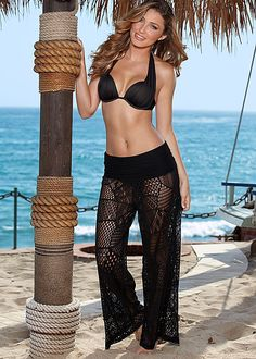 Comfortable pants you can literally throw in any tote bag. Venus marilyn push up bra top and patchwork crochet pant.