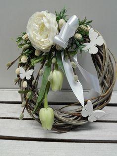 Jarní+věneček+s+tulipány+Proutěný+věneček+hnědé+barvy+dozdobený+zelen... - #barvy #dozdoben #jarni #JarnívěnečekstulipányProutěnývěnečekhnědébarvydozdobenýzelen #prout #tulipany #zelen
