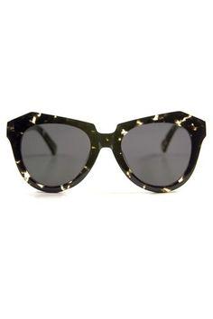 ecb20f1ced5d Transparent cat-eye sunglasses