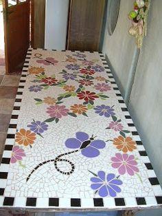 Kanela: Mesas de Mosaico Mosaic Tray, Mosaic Tile Art, Mosaic Artwork, Mosaic Crafts, Mosaic Projects, Stone Mosaic, Mosaic Glass, Mosaics, Mosaic Flower Pots