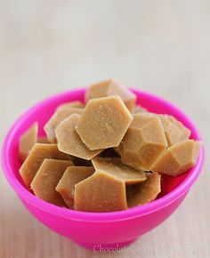 NO corn syrup, NO refined sugar, NO trans fat - Healthy Peanut Butter Chips! http://chocolatecoveredkatie.com/2013/04/22/healthy-homemade-vegan-peanut-butter-chips/