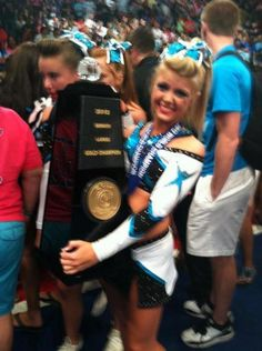 Other than my sissy whose  a world champ  cheerleader she's  deff on top of my favorite  cheerleaders  in the world! (♡♡