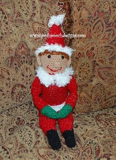 Elf on a Bookshelf - If you're a fan of the interactive Christmas book Elf on a Shelf, then you're going to fall in love with this crocheted version!