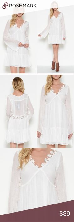 💫💫Bell Sleeves on this beautiful white dress✨⚡️ Fully lined except for the sheer back (very tastefully done) floral lace trim, v-neck.  Poly and rayon blend , looks and feels very much like linen but more structured Esley Dresses