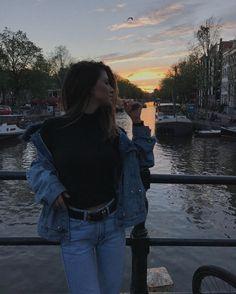"""24.7 mil curtidas, 88 comentários - Giordana Serrano (@gioserrano) no Instagram: """"1 minuto de silêncio pra esse lugar:"""""""