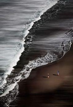 Black Sand Beach, Bi Expression Photography