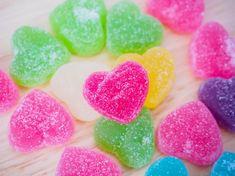 Todo lo que necesitas para tu San Valentin sea inolvidable lo tienes aquí. Enamorale con estos consejos en tu San Valentín  San Valentín alrededor del mundo: tradiciones originales Descubre como crear un San Valentín de 10 #matrimoniocompe #matrimonio #boda #sanvalentin #amor #love  #sanvalentinperu #novios #ideassanvalentin #diysanvalentin Peach, Candy, Make A Difference, Around The Worlds, Valentines, Create, The Originals, Tips, Boyfriends