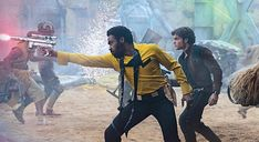 Lando and Han in a fight on Kessel