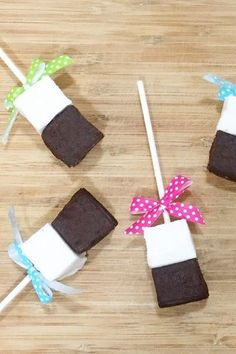 Hot Chocolate on a Stick! Homemade Marshmallows, Winter Day, Holiday Parties, Hot Chocolate, Cocoa, Gift Wrapping, Invitations, Party, Christmas