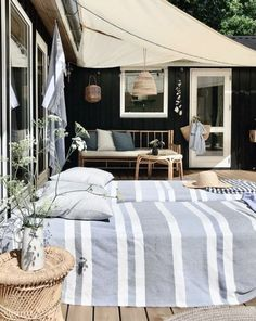 A Dreamy 17th Century Swedish Summer Cottage With a Focus on 'The More the Merrier' Outdoor Spaces, Outdoor Living, Outdoor Decor, Summer House Interiors, Cottage Porch, Cabin Kitchens, Cabins And Cottages, Scandinavian Home, Cabins In The Woods