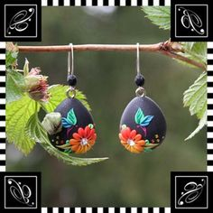 Earrings by VeronicaPuzzleCane, via Flickr