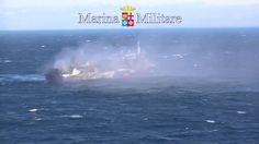 Nave Norman Atlantic in Fumo alla Deriva - Video da Elicottero