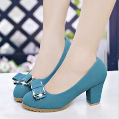 Topshoetrends.com provide high heels, pumps, sandals, flats, wedges, sneakers & more. Shop online now and get free shipping. Hurry up offer is for limited period only. #topshoetrends #topshoetrends.com #topshoe trends #topshoetrends shoes #topshoetrends.com shoes