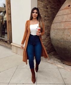 Are you finding difficulties in pairing cardigans for your winter outfits? You can try these three awesome winter outfits with cardigans ideas below. Cute Casual Outfits, Winter Fashion Outfits, Fall Winter Outfits, Stylish Outfits, Autumn Fashion, Christmas Party Outfits Casual, Summer Cowgirl Outfits, Winter Night Outfit, Fall Fashion Trends