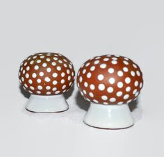 Vintage Mushroom Salt & Pepper Shakers - Zeuthen Denmark - Danish Dansk - Mid Century Danish Modern - pinned by pin4etsy.com
