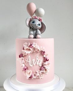 26 Cute cake ideas for baby and kids birthday - Cocomew is to share cute outfits and sweet funny things Baby Girl Birthday Cake, Baby Girl Cakes, Beautiful Birthday Cakes, First Birthday Cakes, Tortas Baby Shower Niña, Baby Shower Cakes, Creative Birthday Cakes, Beautiful Cake Designs, Elephant Cakes