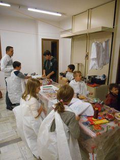A lavoro tutti insieme!  Moda&Fantasia - laboratorio artistico per bambini - Boutique Anna Meglio