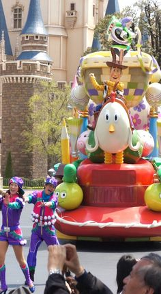 Tokyo Disneyland is 20! #disneyland #tokyo #japan The years pass quickly, and…