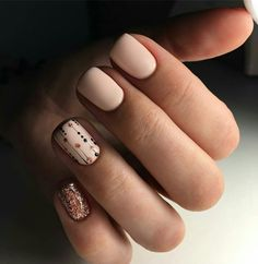 43 Mignon Chute Des Ongles De La Couleur Des Idées 2019 Best Picture For wedding nails for bride dark For Your Taste You are looking for something, and it is going to tell you exactly what you are loo Pale Nails, Neutral Nails, Glitter Nails, Shellac Nails Fall, Glitter Makeup, Neutral Colors, Bling Nail Art, Nail Art Dots, Polka Dot Nails
