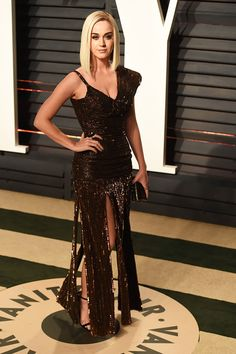 Katy Perry attends the 2017 Vanity Fair Oscar...   I ❤ Katy Perry