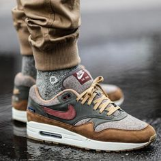 How would you rate these By J.kjerulff Click the link in our bio to shop - How would you rate these By J.kjerulff Click the link in our bio to shop. -- How would you rate these By J.kjerulff Click the link in our bio to shop. Sneakers Mode, Best Sneakers, Sneakers Fashion, Fashion Shoes, Mens Fashion, Sneakers Workout, Zapatillas Nike Air, Zapatillas Casual, Nike Tennis