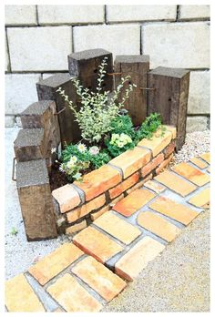 Brick Garden, Brick And Wood, Herb Garden, Fence, Diy And Crafts, Herbs, Backyard, House Design, Landscape