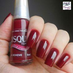 Lindíssima cor La Boheme da Risqué. #unhas #nails #Beauty #salão #esmalte #beleza #naturalbeauty #maisbella