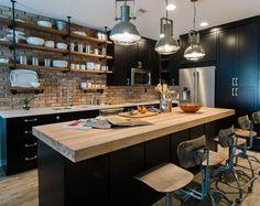 Loft Kitchen, Eclectic Kitchen, Open Plan Kitchen, Living Room Kitchen, Kitchen Floor, Exposed Brick Kitchen, Kitchens With Brick Walls, Industrial Kitchen Island, Industrial Kitchens