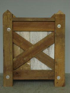 reclaimed wood insert detail