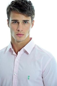 Price Maxon but die his hair blonde #dreamcast HOLY POOP WHO'S THAT! He's hot
