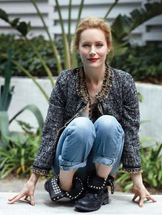 how perfect is leslie mann right here?