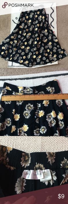Vintage floral A-line skirt So sad to be letting this go, just too small around my waist these days. Rayon button up skirt with trendy yellow daisy pattern. Vintage Skirts Midi