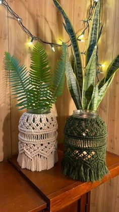 Macrame Patterns, Crochet Patterns, Macrame Curtain, Macrame Design, Best Candles, Cactus Plants, Candle Holders, Weaving, Diy Projects