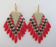 Perle rocaille frange boucles doreilles rouge