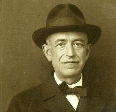 Manuel de Falla  1876–1946  picture: http://orfeoed.com/melomano/2015/articulos/claves-para-disfrutar-de-la-musica/noches-en-los-jardines-de-espana-manuel-de-falla-sortilegios-del-piano-espanol/