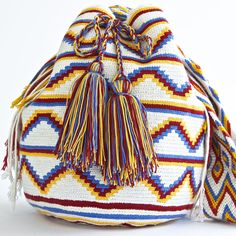AUTHENTIC HANDMADE WAYUU MOCHILA BAGS | WOVEN BY THE INDIGENOUS WAYUU TRIBE OF SOUTH AMERICA 100% COTTON. www.wayuutribe.com $325.00 #BeachBag #Desertstlyle #wayuutribe #surf #shoulderbag