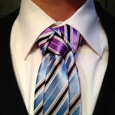 Free necktie giveaway! Share your best Merovingian knot photo on my the AGREEorDIE facebook page and win!