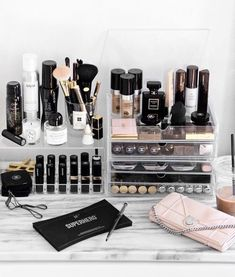 5 Dreamy tips to store your makeup and cosmetics