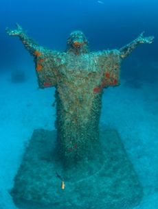 Imperial Eagle - Near to the wreck is a magnificent statue of Jesus Christ which was blessed by Pope John Paul II in 1990 and placed on the seabed to protect the fishermen of Malta.