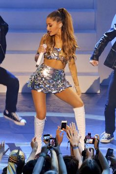 Latest photos for Ariana Grande - 2014 MuchMusic Video Awards in Toronto Ariana Grande Outfits, Ariana Grande Fotos, Ariana Grande Images, Ariana Grande Bikini, Halloween Costumes You Can Make, Diy Costumes, Bae, Body Measurements, Bra Sizes