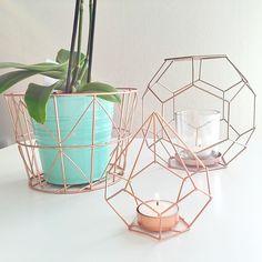 leuke decoratie in de vorm van dit. bijvoorbeeld te koop bij de xenos, jtsk en misschien de action. koper van kleur