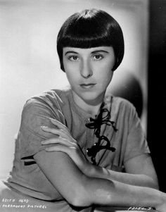 Edith Head without glasses on!