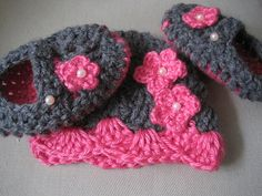 Beautiful baby set from new born to 1 year by MadewithlovebyFatima, $20.00