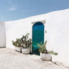 Charming courtyards in Ostuni, Italy via @laurenswells.