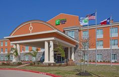 Holiday Inn Express Hotel & Suites Clute-Lake Jackson A Star Hotel 1117 Hwy 332 West Clute (TX) Texas United States 5 Star Hotels, Best Hotels, Texas Parks, Lake Jackson, Surfside Beach, Hampton Inn, Window View, Hotel Suites, Stay The Night
